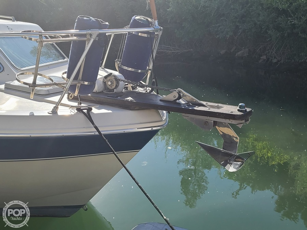 1986 Chris Craft boat for sale, model of the boat is Catalina 291 & Image # 8 of 40