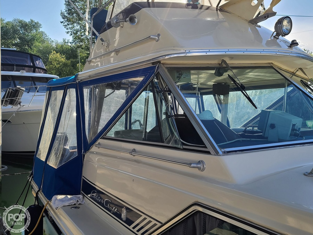 1986 Chris Craft boat for sale, model of the boat is Catalina 291 & Image # 20 of 40