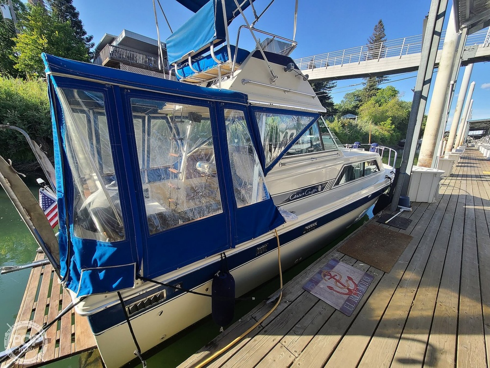 1986 Chris Craft boat for sale, model of the boat is Catalina 291 & Image # 27 of 40