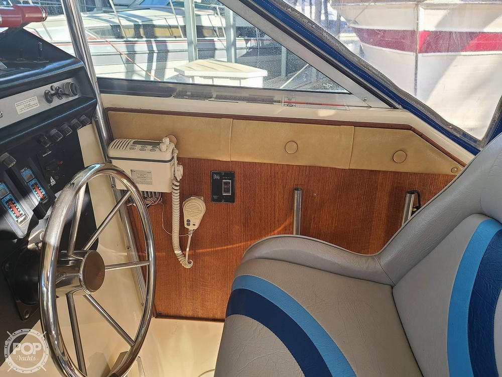 1986 Chris Craft boat for sale, model of the boat is Catalina 291 & Image # 28 of 40