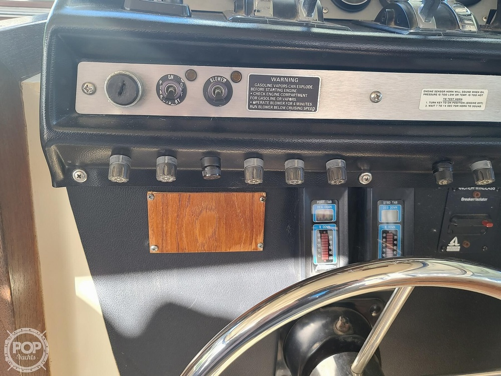 1986 Chris Craft boat for sale, model of the boat is Catalina 291 & Image # 30 of 40