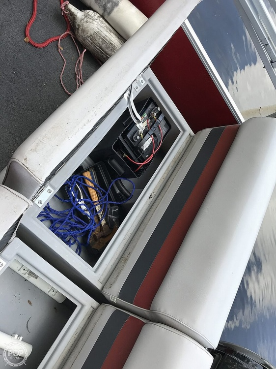 1988 Maurell boat for sale, model of the boat is 21 & Image # 14 of 25