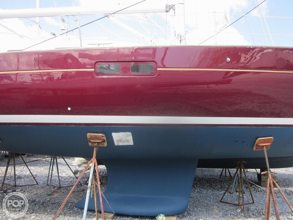 2006 Beneteau boat for sale, model of the boat is 423 & Image # 15 of 40