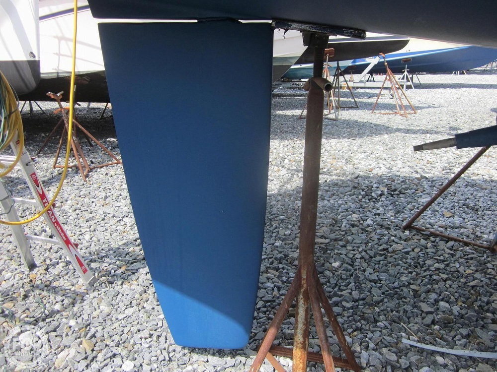 2006 Beneteau boat for sale, model of the boat is 423 & Image # 19 of 40