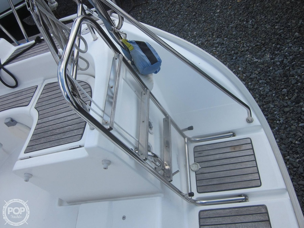 2006 Beneteau boat for sale, model of the boat is 423 & Image # 28 of 40