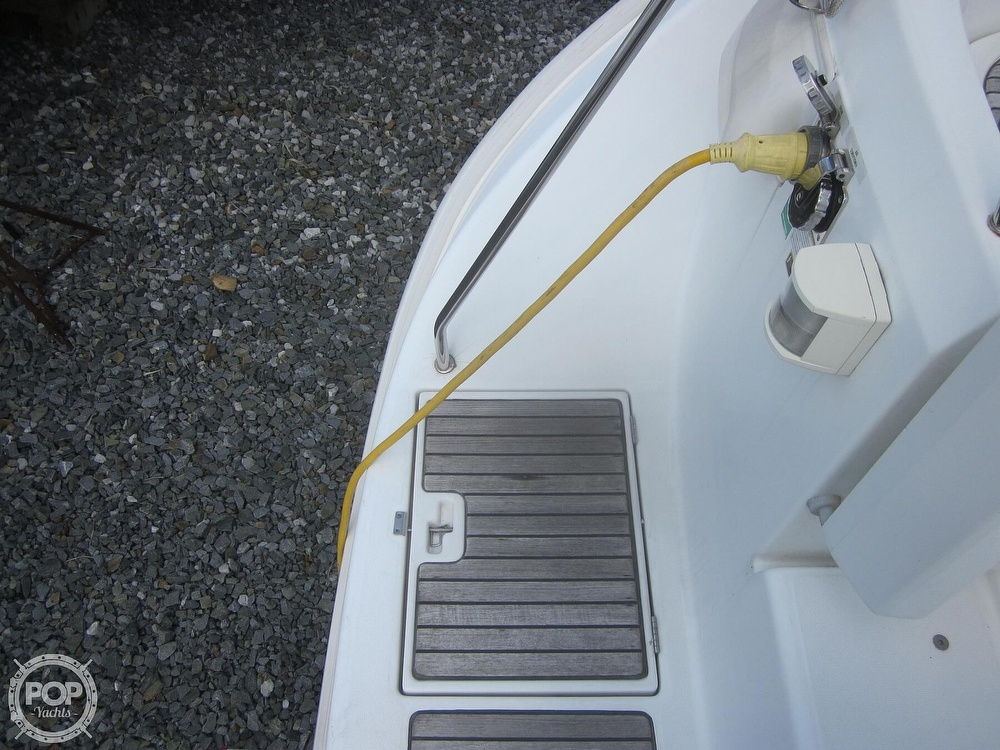 2006 Beneteau boat for sale, model of the boat is 423 & Image # 29 of 40
