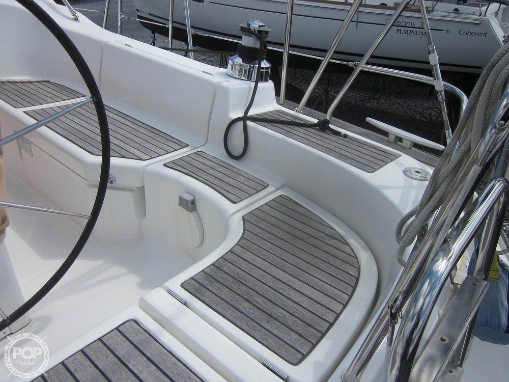 2006 Beneteau boat for sale, model of the boat is 423 & Image # 34 of 40
