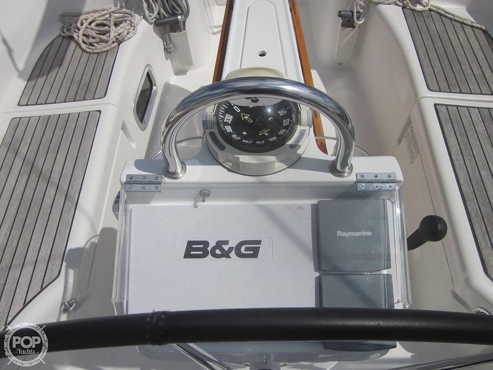 2006 Beneteau boat for sale, model of the boat is 423 & Image # 35 of 40