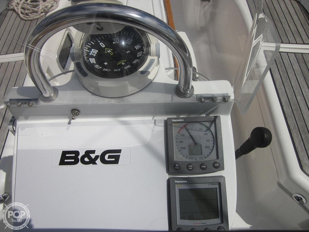 2006 Beneteau boat for sale, model of the boat is 423 & Image # 36 of 40