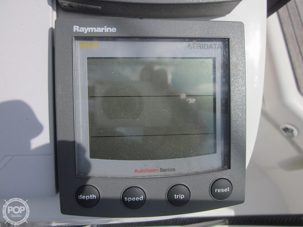 2006 Beneteau boat for sale, model of the boat is 423 & Image # 38 of 40