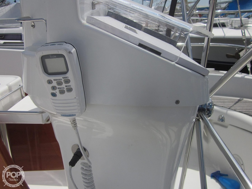 2006 Beneteau boat for sale, model of the boat is 423 & Image # 39 of 40