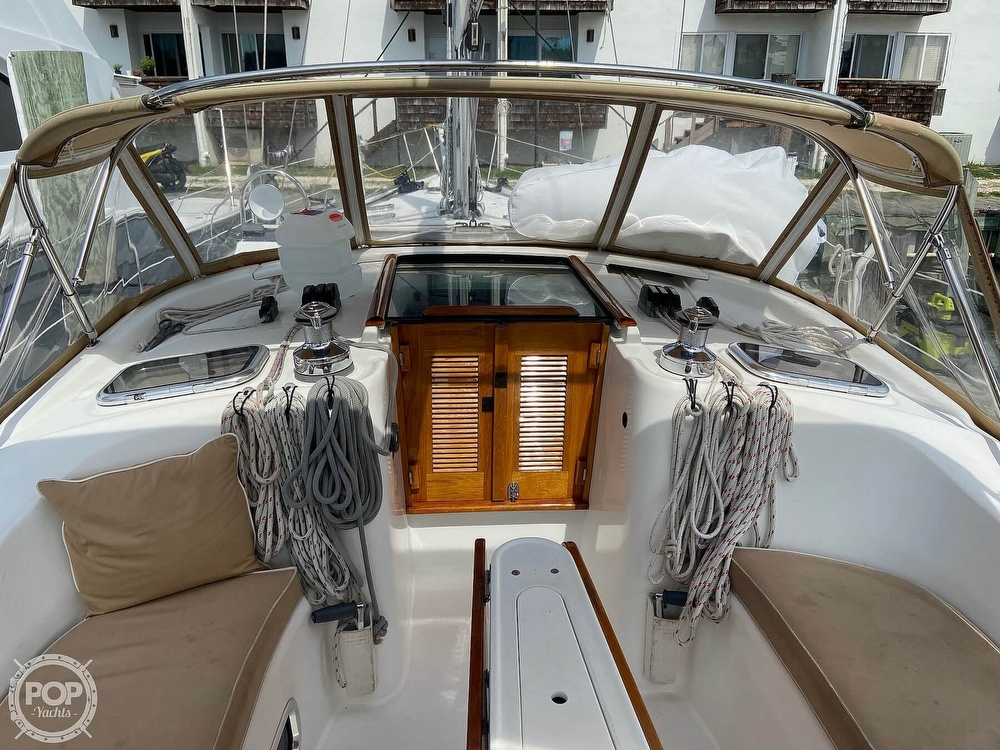 2006 Beneteau boat for sale, model of the boat is 423 & Image # 4 of 40