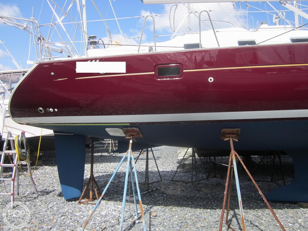 2006 Beneteau boat for sale, model of the boat is 423 & Image # 17 of 40