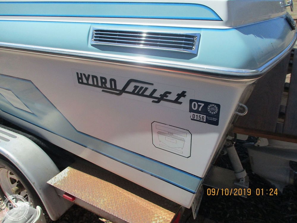 1992 Hydro Swift boat for sale, model of the boat is II 2200 & Image # 7 of 15