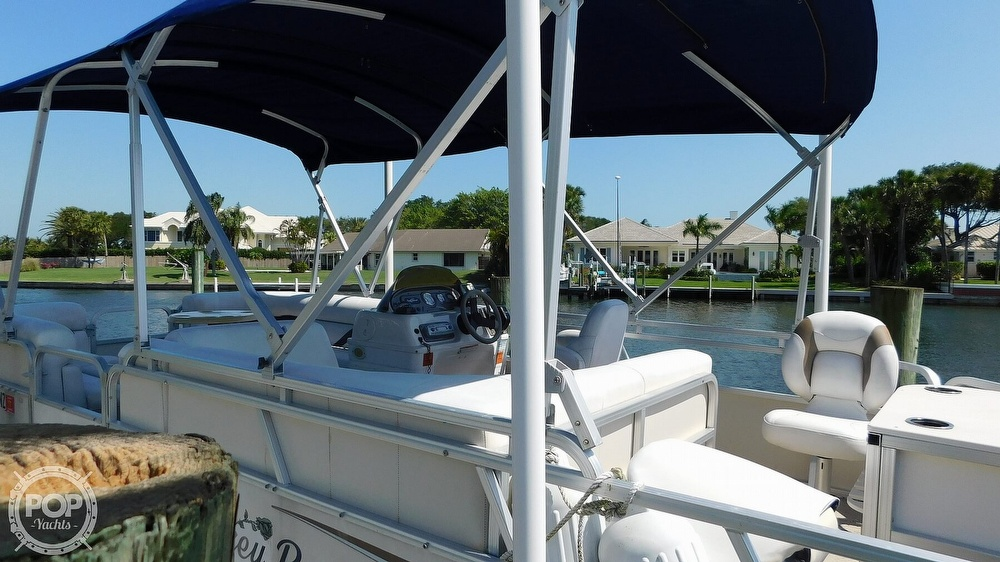2010 SunChaser boat for sale, model of the boat is 820 & Image # 7 of 40