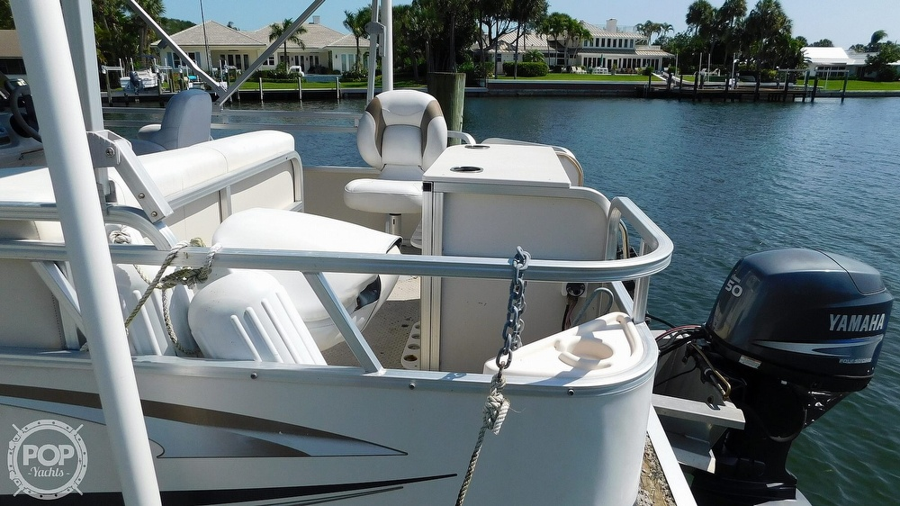 2010 SunChaser boat for sale, model of the boat is 820 & Image # 8 of 40