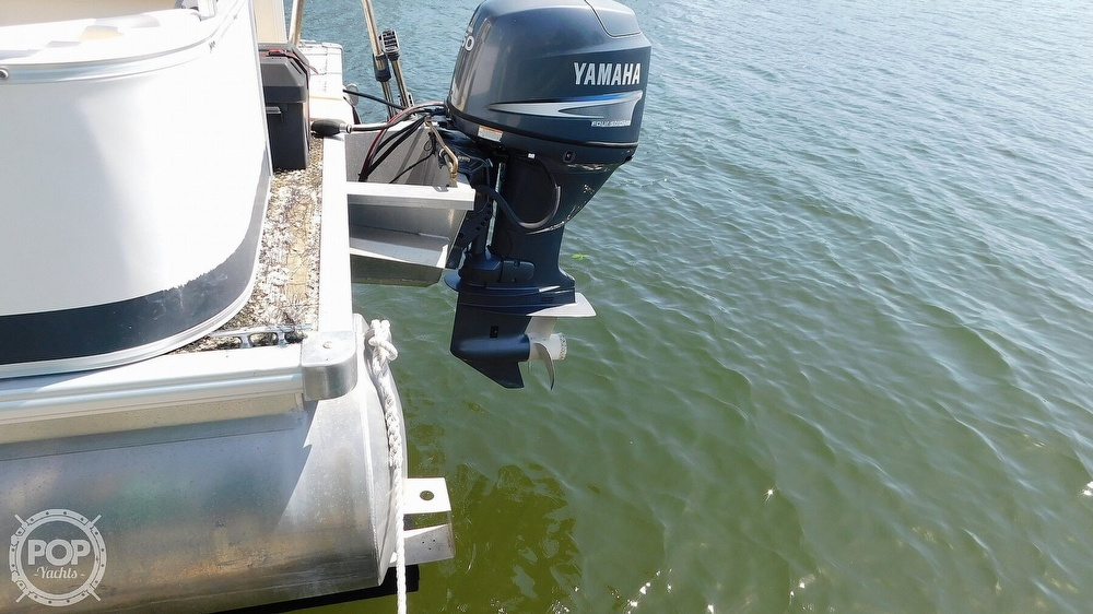 2010 SunChaser boat for sale, model of the boat is 820 & Image # 9 of 40