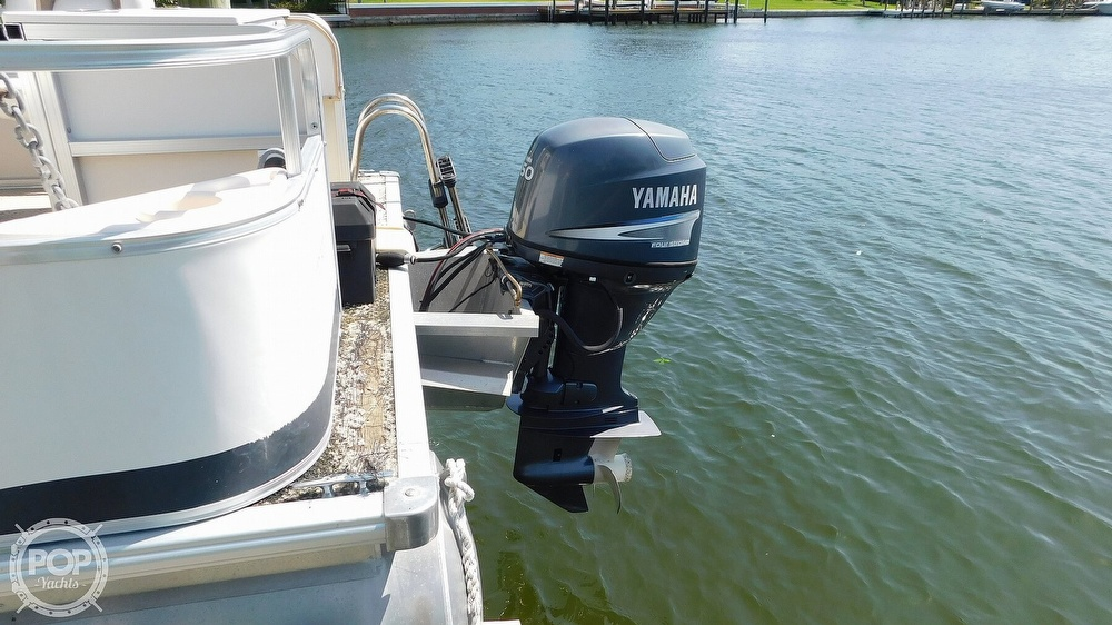2010 SunChaser boat for sale, model of the boat is 820 & Image # 10 of 40
