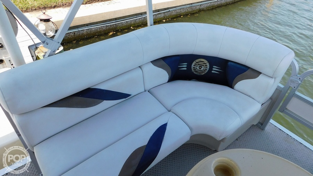2010 SunChaser boat for sale, model of the boat is 820 & Image # 27 of 40