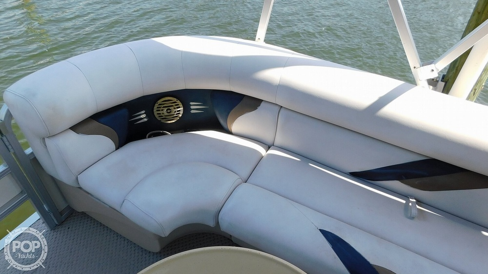 2010 SunChaser boat for sale, model of the boat is 820 & Image # 28 of 40