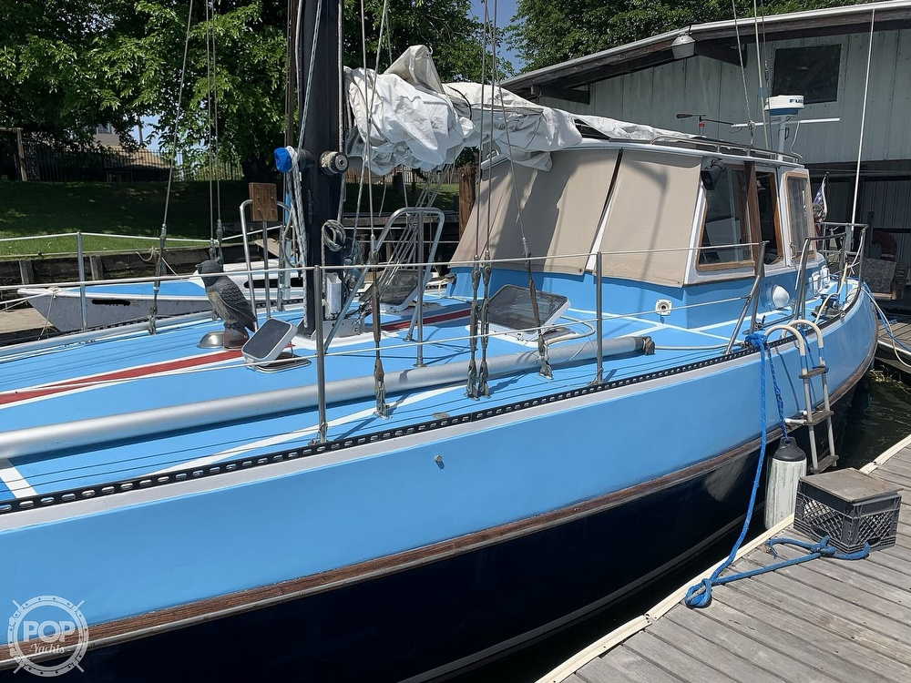 1975 Yorktown boat for sale, model of the boat is 39 & Image # 2 of 40