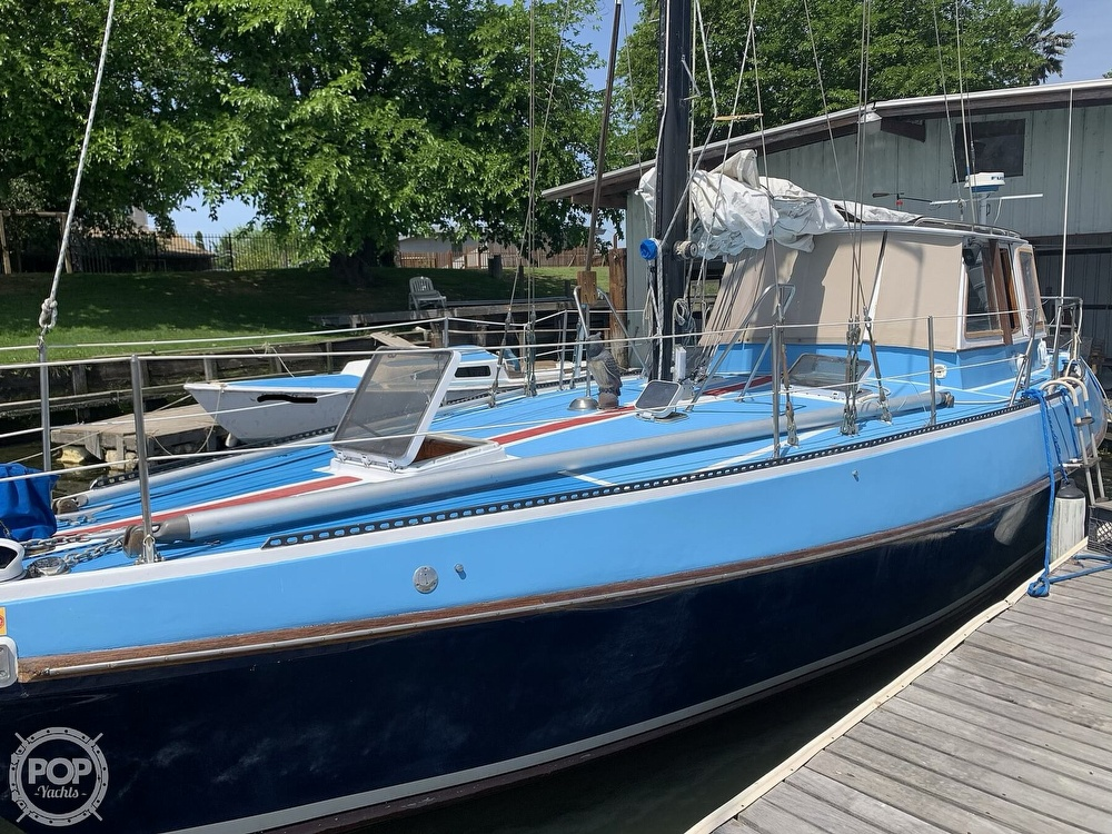 1975 Yorktown boat for sale, model of the boat is 39 & Image # 4 of 40