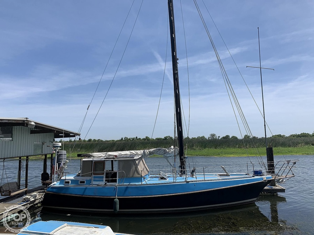 1975 Yorktown boat for sale, model of the boat is 39 & Image # 10 of 40
