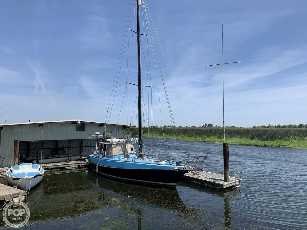1975 Yorktown boat for sale, model of the boat is 39 & Image # 17 of 40