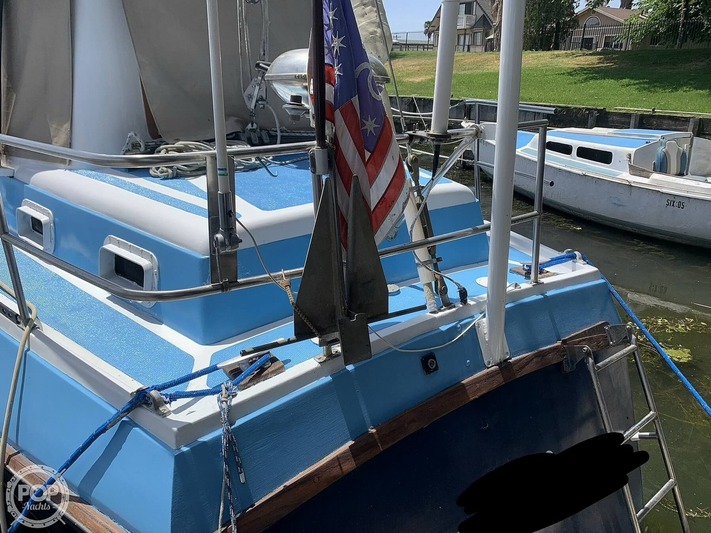 1975 Yorktown boat for sale, model of the boat is 39 & Image # 19 of 40