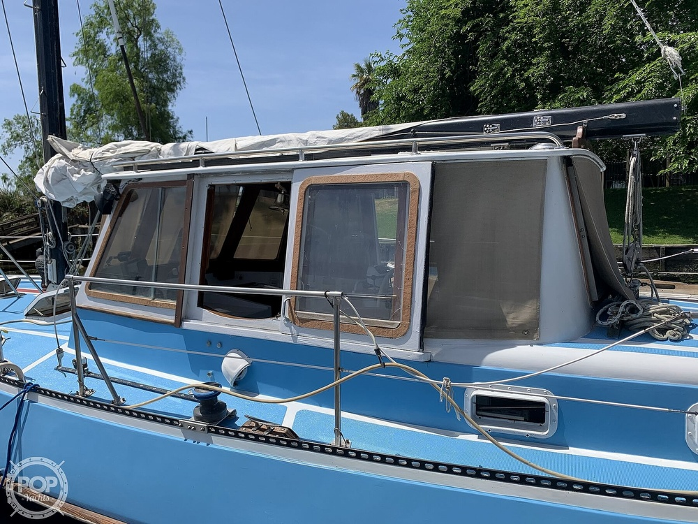 1975 Yorktown boat for sale, model of the boat is 39 & Image # 22 of 40
