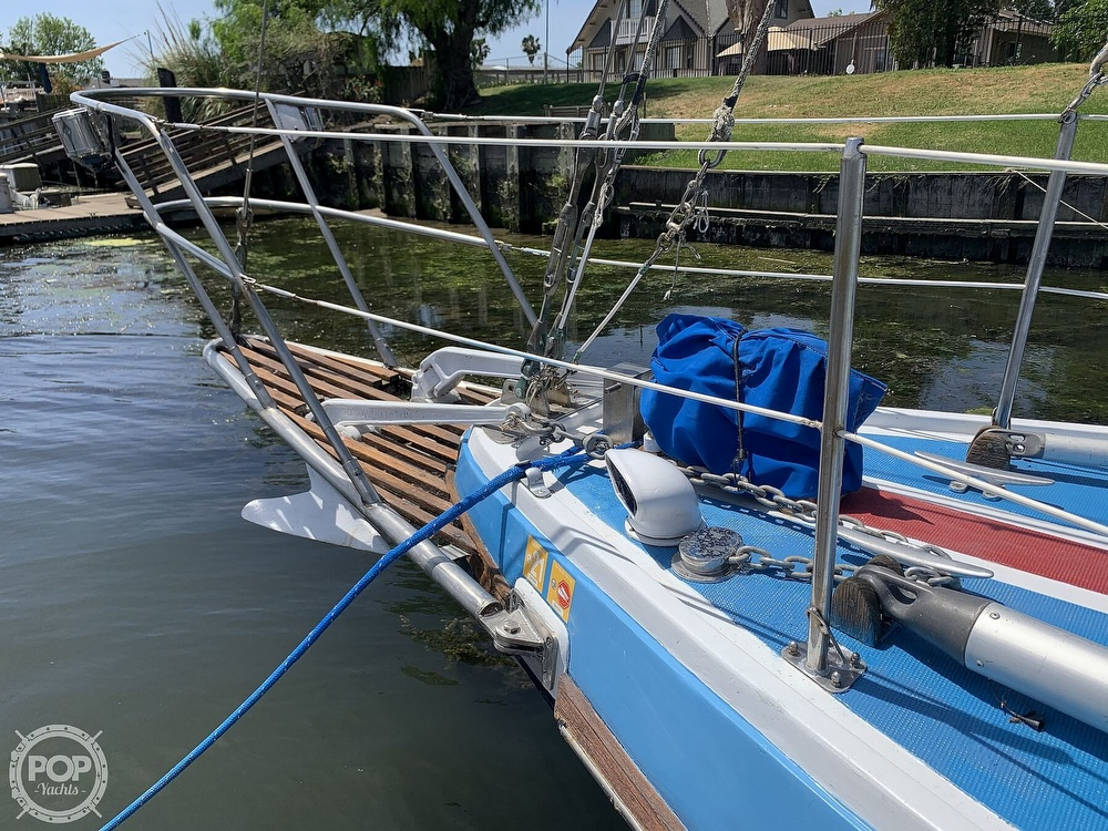 1975 Yorktown boat for sale, model of the boat is 39 & Image # 27 of 40