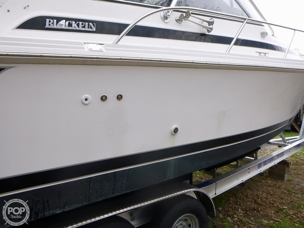 1994 Blackfin boat for sale, model of the boat is 33 & Image # 22 of 40
