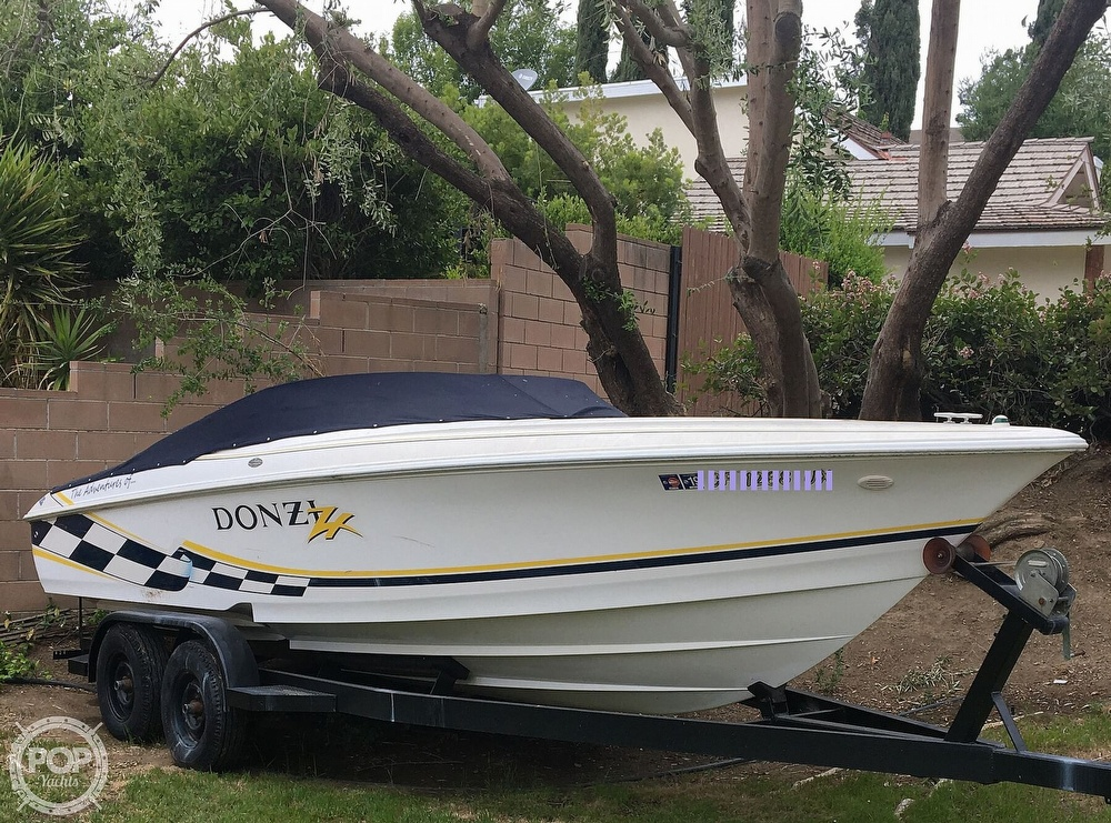 2001 Donzi boat for sale, model of the boat is 22ZX & Image # 20 of 40
