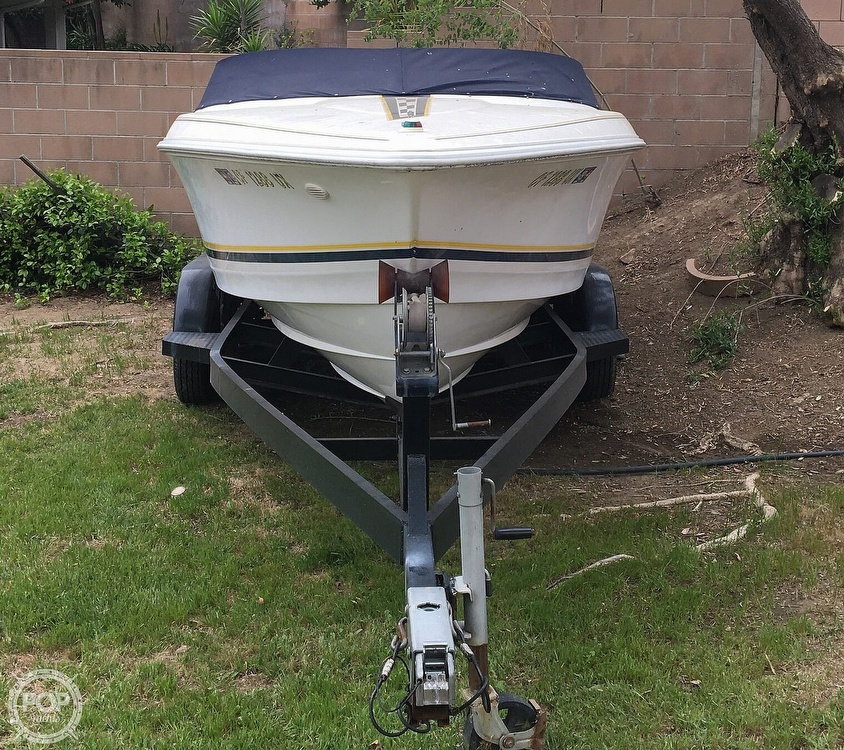 2001 Donzi boat for sale, model of the boat is 22ZX & Image # 14 of 40