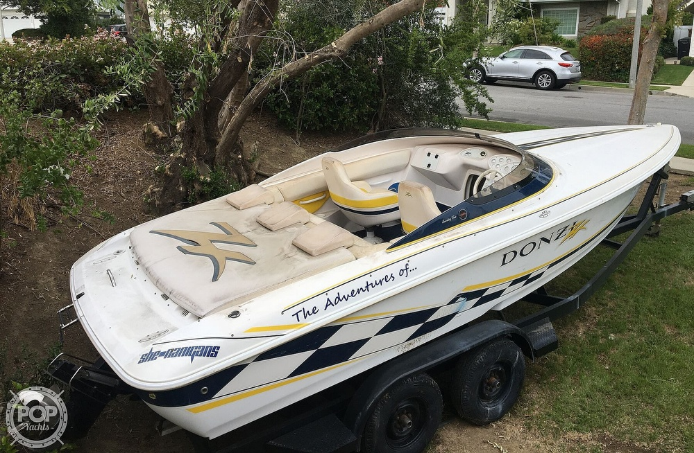 2001 Donzi boat for sale, model of the boat is 22ZX & Image # 9 of 40