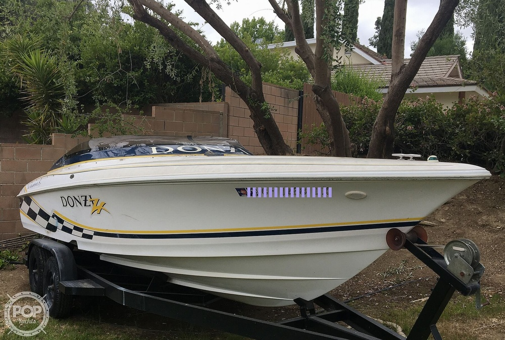 2001 Donzi boat for sale, model of the boat is 22ZX & Image # 4 of 40