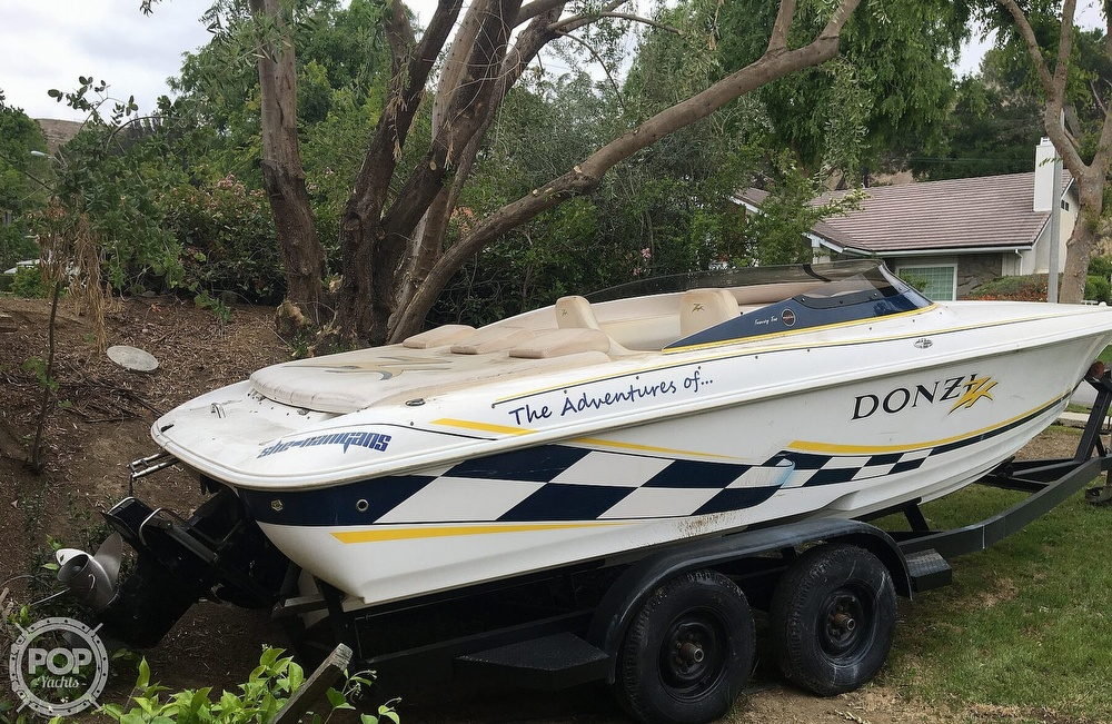2001 Donzi boat for sale, model of the boat is 22ZX & Image # 23 of 40