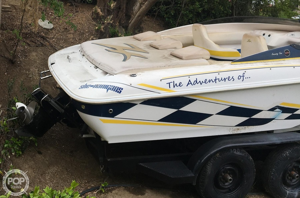 2001 Donzi boat for sale, model of the boat is 22ZX & Image # 24 of 40
