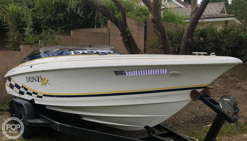 2001 Donzi boat for sale, model of the boat is 22ZX & Image # 25 of 40