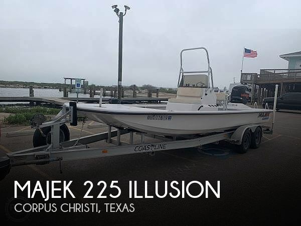 Used Majek Boats For Sale by owner | 2010 Majek 225 Illusion