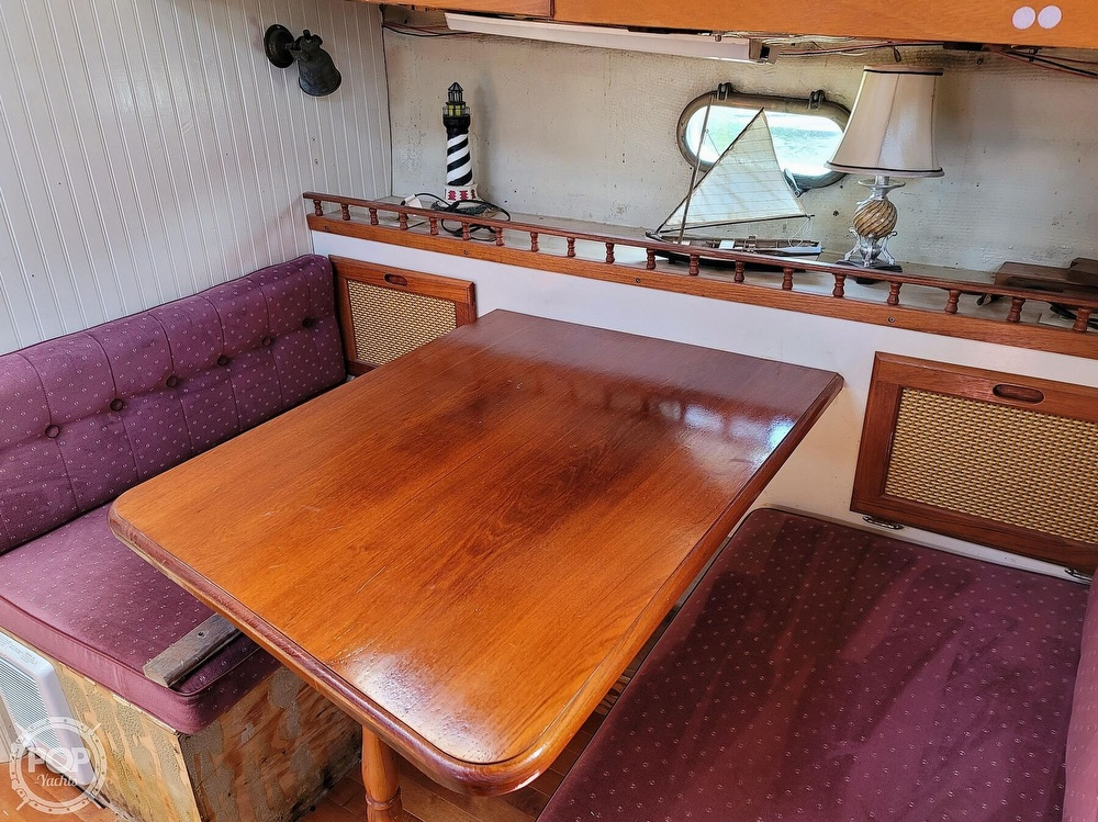 1991 Seahawk boat for sale, model of the boat is 49 Custom & Image # 40 of 40