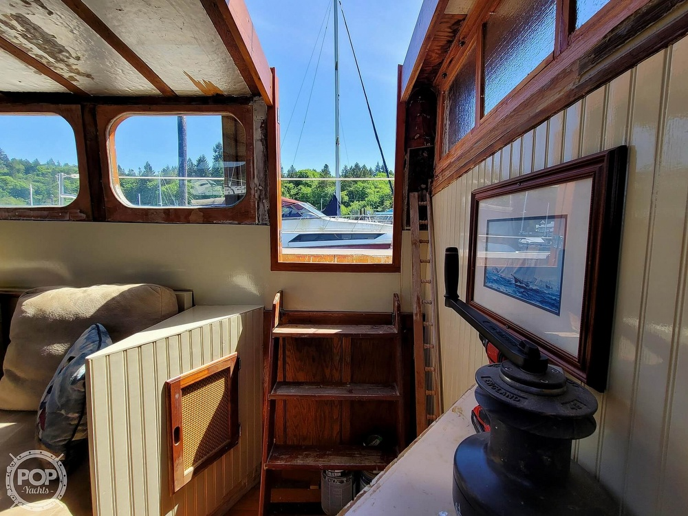 1991 Seahawk boat for sale, model of the boat is 49 Custom & Image # 14 of 40