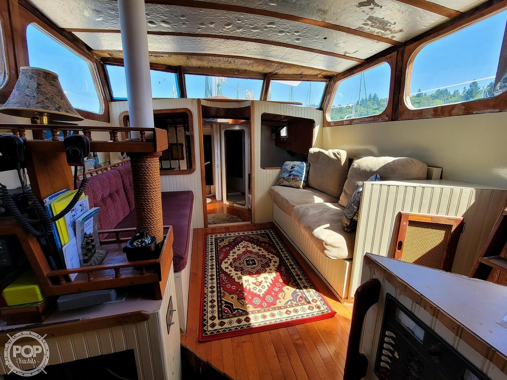 1991 Seahawk boat for sale, model of the boat is 49 Custom & Image # 30 of 40