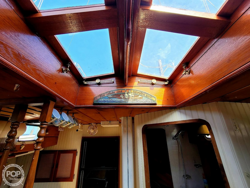 1991 Seahawk boat for sale, model of the boat is 49 Custom & Image # 4 of 40