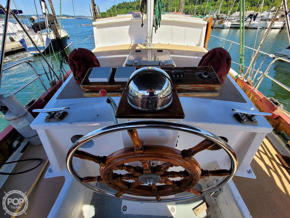 1991 Seahawk boat for sale, model of the boat is 49 Custom & Image # 5 of 40