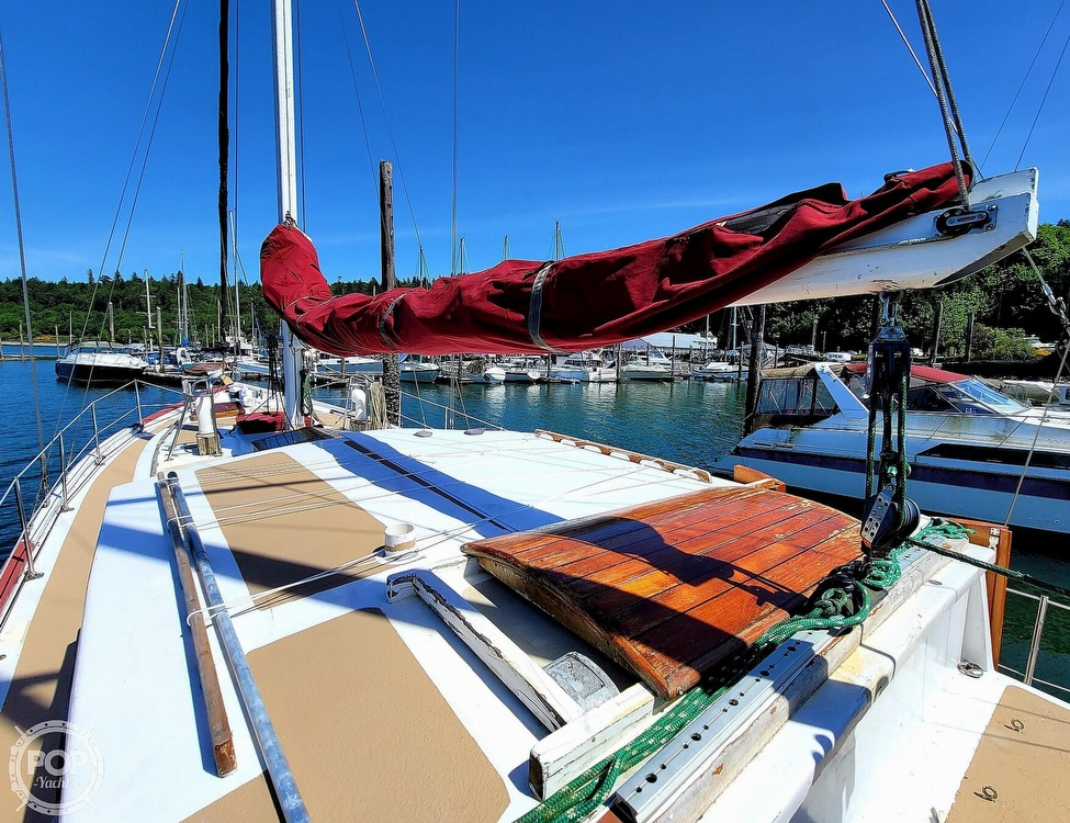 1991 Seahawk boat for sale, model of the boat is 49 Custom & Image # 9 of 40