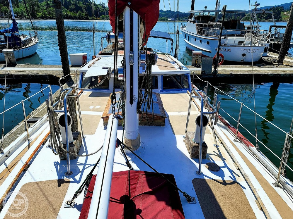 1991 Seahawk boat for sale, model of the boat is 49 Custom & Image # 7 of 40