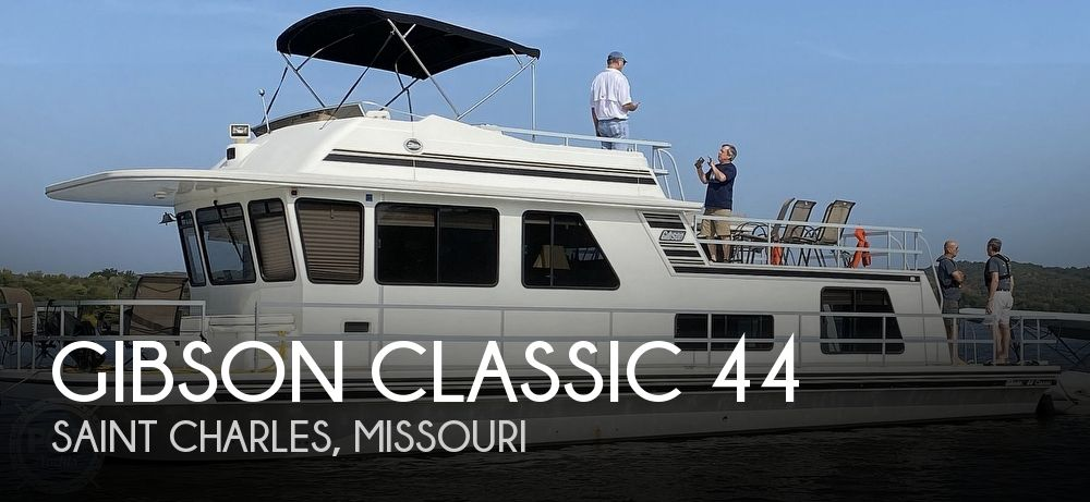 Used GIBSON Houseboats For Sale in Missouri by owner | 2002 Gibson Classic 44