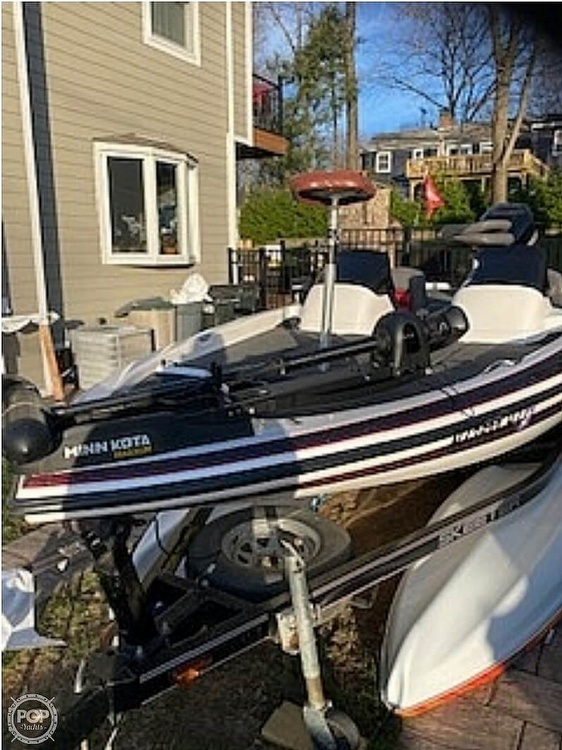 2004 Skeeter boat for sale, model of the boat is Sx190 & Image # 2 of 22