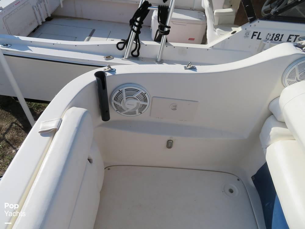2007 Bayliner boat for sale, model of the boat is 245 SB & Image # 19 of 40